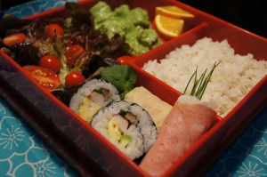 lunch bento with futomaki
